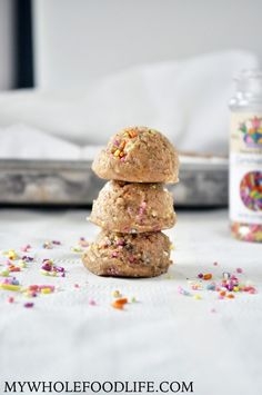 Healthy Funfetti Cookie Dough Bites Balls - My Whole Food Life Baking Recipes For Kids, Raw Food Recipes, Cookie Recipes, Scd Recipes, Paleo Cookies, Healthy Recipes, Paleo Dessert, Healthy Desserts, Dessert Recipes