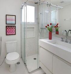 Apartamento pequeno ganha mais espaço com sala e cozinha integradas