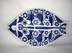 Gorgeous Porsgrund fish trivet - I have 2 of these but promised them to my sister (it belonged to our mom). Vintage Love, Vintage Shops, Norway Culture, Kitchenware, Tableware, Ceramic Fish, Fish Design, Beautiful Fish, Ceramic Decor