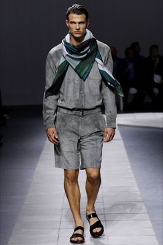 Sfilata Moda Uomo Brioni Milano - Primavera Estate 2016 - Vogue. Brioni  Spring 2016 Menswear ... 06225ae5676