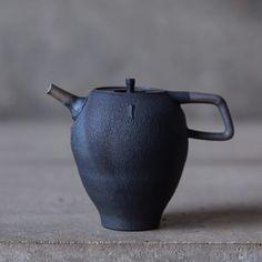 ceramic Teapot Wu-Wei Cheng / 2018