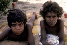 Photos of Aboriginal children from Northern Australia, learning and playing, looking after themselves and each other, self-sufficient at an early age. Aboriginal Children, Australia Photos, Great Places, Kids Learning, Childhood, People, Aussies, Continents, Scenery