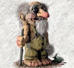 This is a typical grandpa troll. Wise and with a lot of life experience he can pass on to the younger generation of trolls. Gnome Statues, Kobold, Funny Troll, Norse Mythology, Gnome Garden, Angel Art, Mythical Creatures, Faeries, Painted Rocks