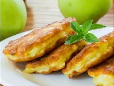 Diétás almapalacsinta Recept képpel - Mindmegette.hu - Receptek Eat Pray Love, Cooking Together, Nasa, Bacon, Bakery, Paleo, Food And Drink, Low Carb, Sweets