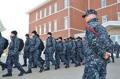 The Navy's most mocked camouflage uniform will soon be a thing of the past, the service announced today. The Navy Working Uniform Type I,… Navy Mom, Us Navy, Navy Life, Navy Basic Training, Navy Boot Camp Graduation, Navy Ranks, Joining The Navy, Military Dresses, Navy Boots