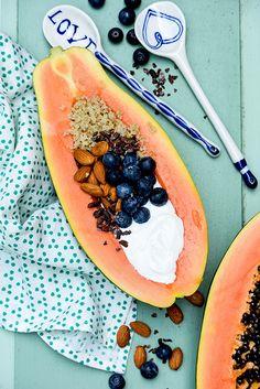 Papaya Quinoa Breakfast Bowls | www.floatingkitchen.net
