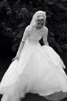 Rockabilly wedding dress.