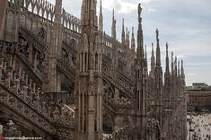 Mr and Mrs Romance - Best things to do in Milan Italy - Il Duomo rooftop