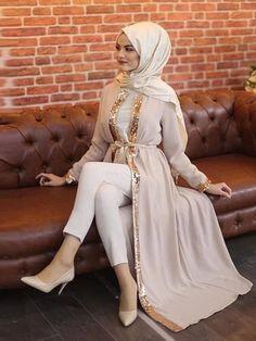 Hijab Elegante, Hijab Chic, Turkish Fashion, Islamic Fashion, Abaya Fashion, Modest Fashion, Muslim Dress, Hijab Dress, Muslim Hijab