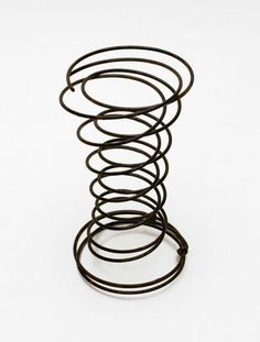 This is a guide about crafts using bed springs. Recycle these metal springs into fun crafts and decorations.