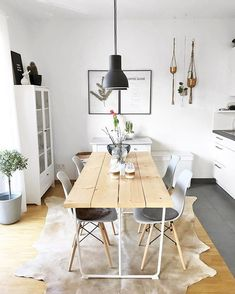 Have a look at what's happened at our home: a new carpet I'm completely in love and super happy with the decision. , rnrnSource by puppenzirkus Carpet Dining Room, Room Carpet, New Carpet, Dubai Houses, Furniture Near Me, Boho Room, Wooden Dining Tables, Southern Homes, Small Spaces