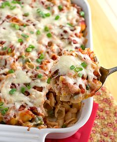 Nacho Pasta Bake with Bell Pepper, Garlic, Chicken, Green Chiles, Ricotta and Monterey Jack Pasta Dishes, Food Dishes, Main Dishes, Pasta Food, Rice Dishes, I Love Food, Good Food, Yummy Food, Great Recipes