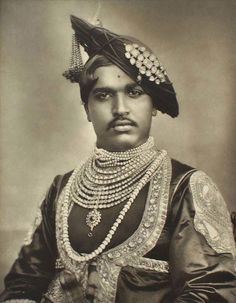 The Maharaja of Kohlapur - Princes and Chiefs of India Vintage India, Vintage Men, Rare Photos, Vintage Photographs, Udaipur, Jaisalmer, Indian Prince, Royal Indian, Mughal Empire