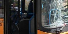 Campania: La #babygang #colpisce ancora: sassi contro un bus Anm (link: http://ift.tt/2gdjIZd )