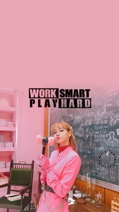 Follow me on Instagram for more !!! @blackpinkwallpaper88 #blackpink #blackpinkwallpaper #kpopwallpapers #lisa