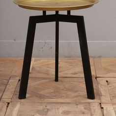 M307_Side-Table_Nadeau-Furniture