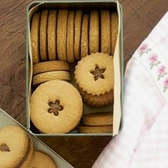 Healthy Cookies – Quinoa and Almond Flour Cookies with Chai Spiced Almond Butter! Enjoy these cookies without feeling guilty!