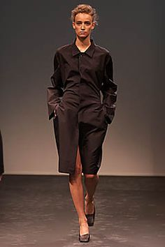 Jil Sander | Spring 2001 Ready-to-Wear Collection | Style.com