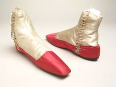 Boots 1830, Made of satin and linen