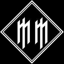 Marilyn Manson - 33 in diamond Arte Marilyn Manson, Marilyn Manson Tattoo, Mm Logo, Female Werewolves, I Tattoo, Tattoo Quotes, Tool Music, Brian Warner, Rock Y Metal