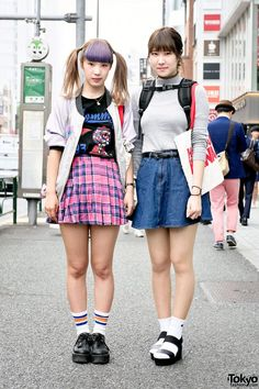 Chisaking (L) and Mipo (R) are two 19-year-old students. Aymmy in the Batty Girls vs Spinns Harajuku