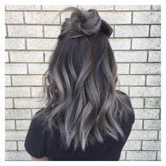 O CABELO CINZA VOCÊ gabriela ganem consultoria ❤ liked on Polyvore featuring hairstyle