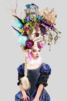thestitchedbird:  shapingcontours:  Marie Antoinette wig (via Pinterest)  www.thestitchedbird.co.uk