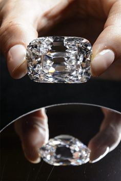 The 76.02 carat diamond, with perfect color and internally flawless clarity, came from the ancient Golconda mines in India. It is expected to sell for more than US $15 million. In 1993, Christie's auctioned it in Geneva where it sold for US $ 6.5 million.