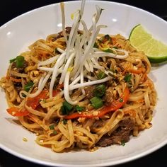 """This Beef Pad Thai from @feast4one looking super yummy """"Sous Vide the beef and then added carrots, green onions, bean sprouts, shiitake mushrooms, a red bell pepper, crushed peanuts, and a homemade Pad Thai sauce (that had just the right amount of heat) to the wok. Did some magic mixing with a handful of rice noodles and bam... Heavy breathing engage 😂"""" Pad Thai Sauce, Homemade Pad Thai, Heavy Breathing, Sous Vide Cooking, Stuffed Mushrooms, Stuffed Peppers, Bean Sprouts, Cooking Appliances"""