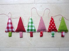 Fabric Christmas Tree Garland Banner Bunner in green by FromJeanne, €17,10
