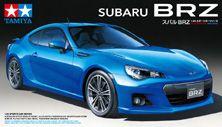 【SUBARU】 タミヤ製、1/24 スバル BRZ。おおおおーーーーーっ。車って実は作ったことないけどキレイに仕上げられたらうれしいんだろうなぁ。