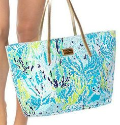 Lilly Pulitzer Resort Tote in Lets Cha Cha