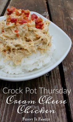 Throw this easy crockpot chicken recipe in the slow cooker in the morning, and you'll be dining on this delicious crockpot cream cheese chicken for dinner! This Crock Pot Cream Cheese Chicken is perfect comfort food! Jalepeno Chicken Recipes, Chicken And Cheese Recipes, Balsamic Chicken Recipes, Cream Cheese Chicken, Easy Chicken Recipes, Easy Crockpot Chicken, Healthy Crockpot Recipes, Slow Cooker Recipes, Cooking Recipes
