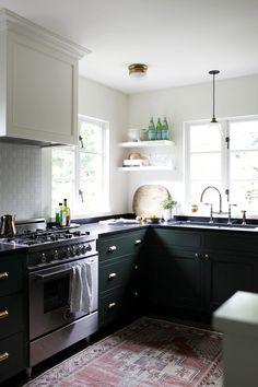 Green cabinets in a Ravenna kitchen | archdigest.com