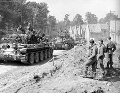 Cromwell Tank, Ww2 Tanks, Centaur, Warfare, Military Vehicles, World War, Wwii, British Tanks, Armour