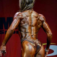 """En bit av min baksida från i lördags  #tyngre#tyngreclassic2#bodyfitness#backpose#nutramino#teamnutramino#skkf#girlswholift#girlswithmuscle#fitness#figurecompetition#fitspo#fitfam#body#bodybuilding#diet#fitnessmotivation#stayhungry#dedication"" Photo taken by @ninapeltomaa on Instagram"
