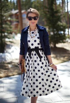 J Crew navy blue and white Polka Dot full skirt knee length Dress with waist sash, navy blue sleeve blazer, white large bead bauble necklace, bangle bracelets. I have this dress and the look never gets old - oldie but a goodie! Modest Dresses, Modest Outfits, Modest Fashion, Pretty Dresses, Cute Outfits, Jw Fashion, Lady Like, Perfect Day, Look Retro