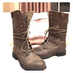 Steve Madden combat boots Lace up Steve Madden combat boots. Brownish green color with camouflage lining. Zippers up the back. Worn maybe twice. Great condition Steve Madden Shoes Combat & Moto Boots