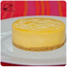 Tenemos que aprovechar que la mata de mango está full para preparar esta mousse de mango o mejor conocida por cheesecake de mango que está genial.