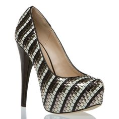 The Adelaide Shoe in Metallic (ShoeDazzle)