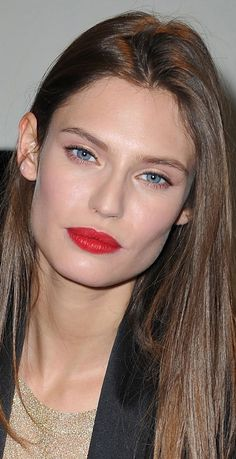 bianca balti in red #mirabellabeauty #red #lips