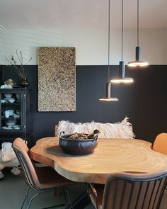Table Manners, Interior Decorating, Interior Design, Kitchen Styling, Dining Room, House Design, Ceiling Lights, Furniture, No Se
