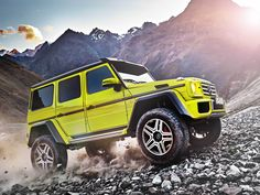 Mercedes-Benz took its insane 6X6 G-wagon, cut off two of its wheels and voilá — the G500 4X4 Squared is born!