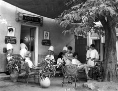 Atelier Robert Doisneau  Galeries virtuelles desphotographies de Doisneau - Vacances
