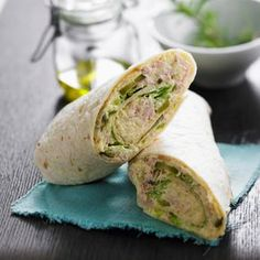 Tuna Wrap - Recipes - Discover our quick and easy recipe for Tuna Wrap on Current Cuisine! Find the preparation steps, ti - Healthy Wraps, Healthy Snacks, Healthy Recipes, Lunch Snacks, Wrap Recipes, Snack Recipes, Cooking Recipes, Cake Recipes, Cheap Meals