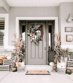 Fall Home Decor, Autumn Home, Fall Inspiration, Farmhouse Front Porches, Front Door Decor, Porch Decorating, Decorating Ideas, House Colors, Farmhouse Decor