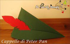 Nel paese delle Meraviglie: Cappello di Peter Pan in cartoncino