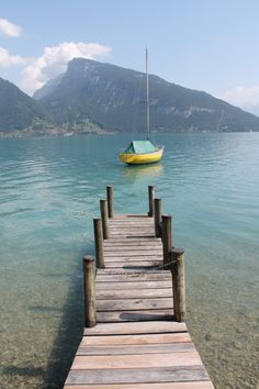 the things we didn't buy: Lake Thun Beautiful World, Beautiful Places, Lake Thun, Grindelwald, Travel Photography, Inspiring Photography, Color Photography, To Infinity And Beyond, Adventure Awaits
