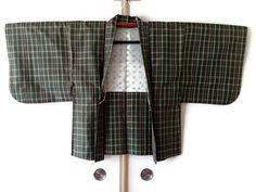 Checked Tsumugi Silk Kimono Jacket in Olive Green Haori  https://www.etsy.com/listing/530594571/checked-tsumugi-silk-kimono-jacket-in #kimonooutfit #kimonocardigan #kimonofashion #haori #haorijacket #japankimono #oriental #vintagekimono #vintagehaori #kimonojacket #haorijacket #bohokimono #bohochic #asianjacket #checkedprint #olive #green #silkkimono #japaneseprint #kimono #japanesekimono #japanesepattern #japanesetextile #menshaori  #kimonorobe
