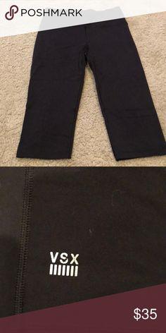 Victoria Secret Sport Crop Black size small Victoria's Secret Pants Leggings